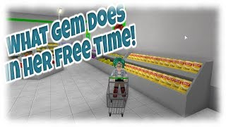 Roblox| WHAT GEM DOES IN HER FREE TIME: Bloxburg