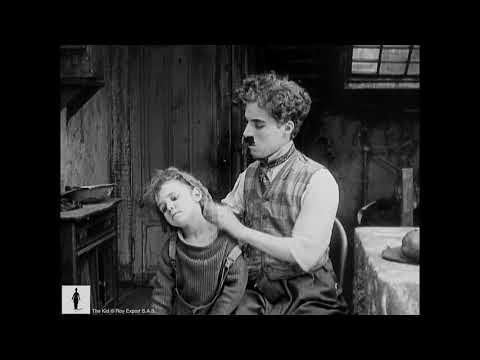 Charlie Chaplin - The Kid - Working the Streets
