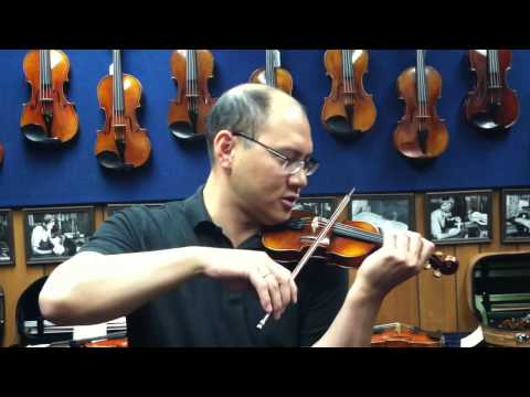 Hora Staccato on a 1/32 violin
