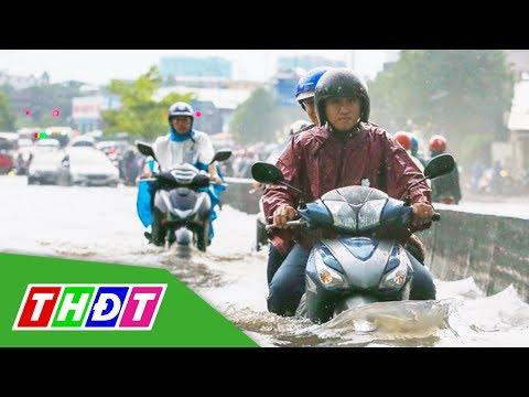 TP. HCM ngập nặng do mưa lớn   THDT
