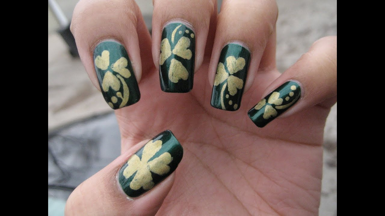 St. Patrick\'s Day Shamrock/Clover | DIY Nail Art Tutorial - YouTube