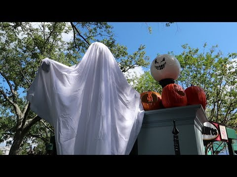 What's New At Universal Studios Orlando | Halloween Horror Night Scare Zones Revealed & More Props!