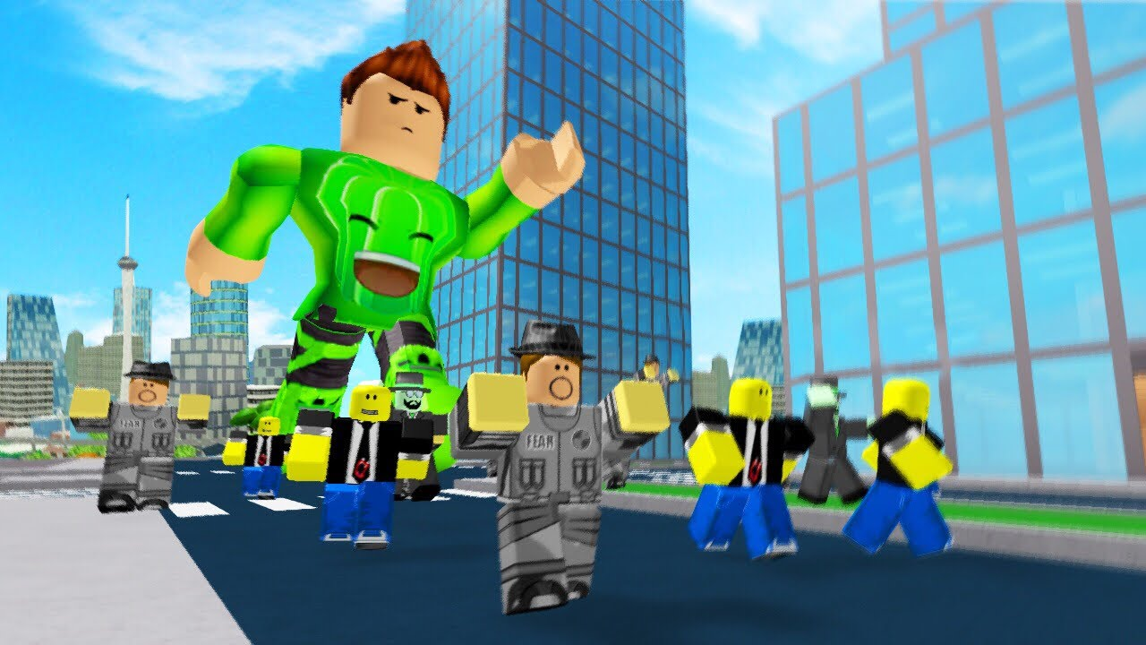 Run Or Get Eaten By The Giant Roblox Youtube