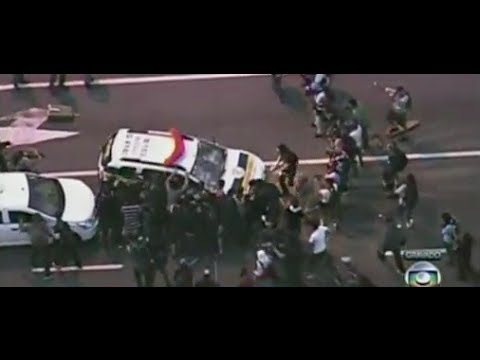 Clashes mar Brazil World Cup protest