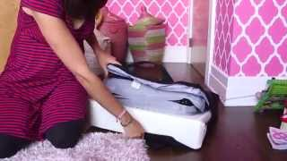 Mom Review And Demo: Baby Björn Travel Crib Light