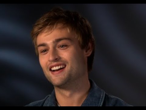 Douglas Booth Making Brave Choices as an Actor - Loving ...