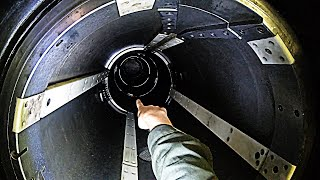 Download Crawling Down A Torpedo Tube -US NAVY Nuclear Submarine - Smarter Every Day 241