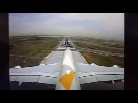 Etihad Airlines landing at John F Kennedy Airport