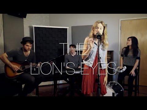 Becca Bradley - The Lion's Eyes (live acoustic)
