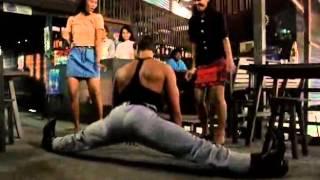 Отрывок из фильма Кикбоксер   Жан Клод Ван Дамм классно отжег и танцует от души