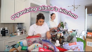 ORGANIZING ALISHA'S KITCHEN!! *bff takeover*