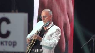 Alfa Jazz Fest 2014 - Larry Carlton 03