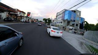 LAS TARDES EN LAS CALLES DE SAN SALVADOR EL SALVADOR.