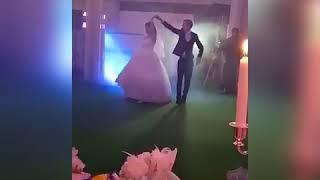 Танец жениха и невесты. ОЧЕНЬ ТРОГАТЕЛЬНЫЙ СВАДЕБНЫЙ СВАДЕБНЫЙ ТАНЕЦ ЖЕНИХА И НЕВЕСТЫ. ПТИЧКИКУЛИЧКИ