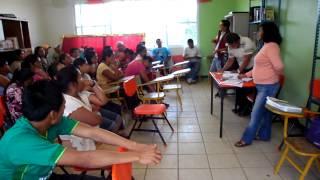Apoyo de Padres de Familia a favor de la Escuela Pública en Santa Rosa Abata, Veracruz