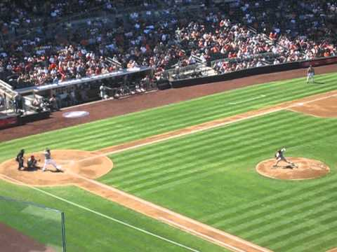 Tim Lincecum pitch Padres