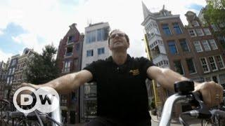 A bicycle tour through Amsterdam | DW English