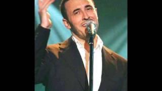 Download Video كاظم الساهر يغني للرأيس العراقي صدام حسين MP3 3GP MP4