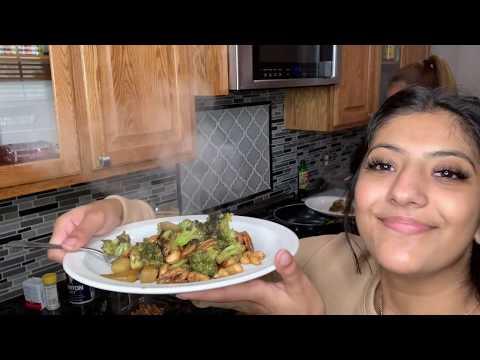 Cooking a Vegan Meal with SamSam   VLOGMAS DAY 8!!