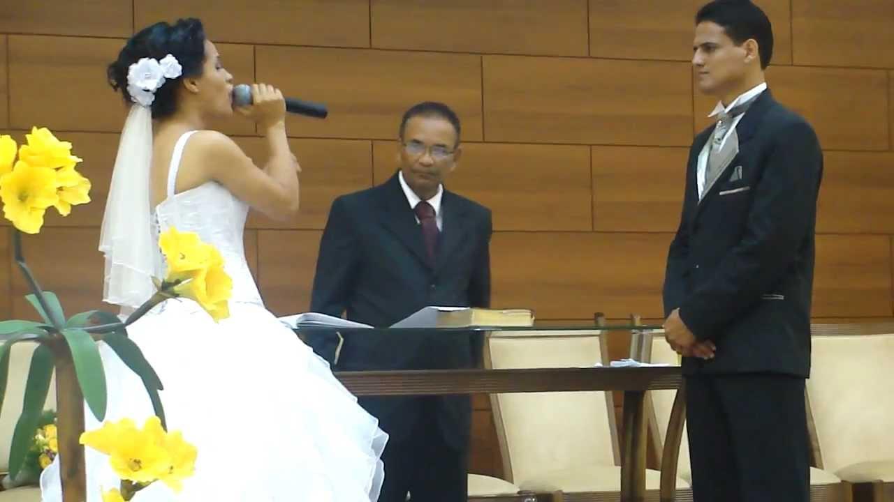 Noiva Cantando Que Bom Que VC Chegou (Ester Milena E
