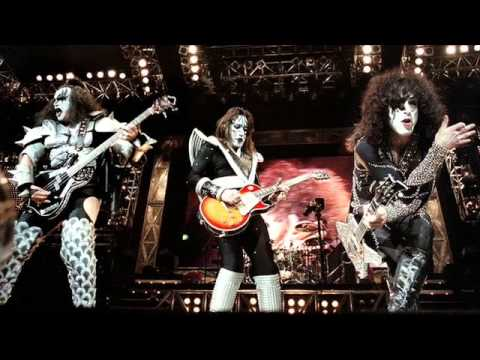 Flashback: Kiss Play Their Final Classic-Lineup Show – Rolling Stone