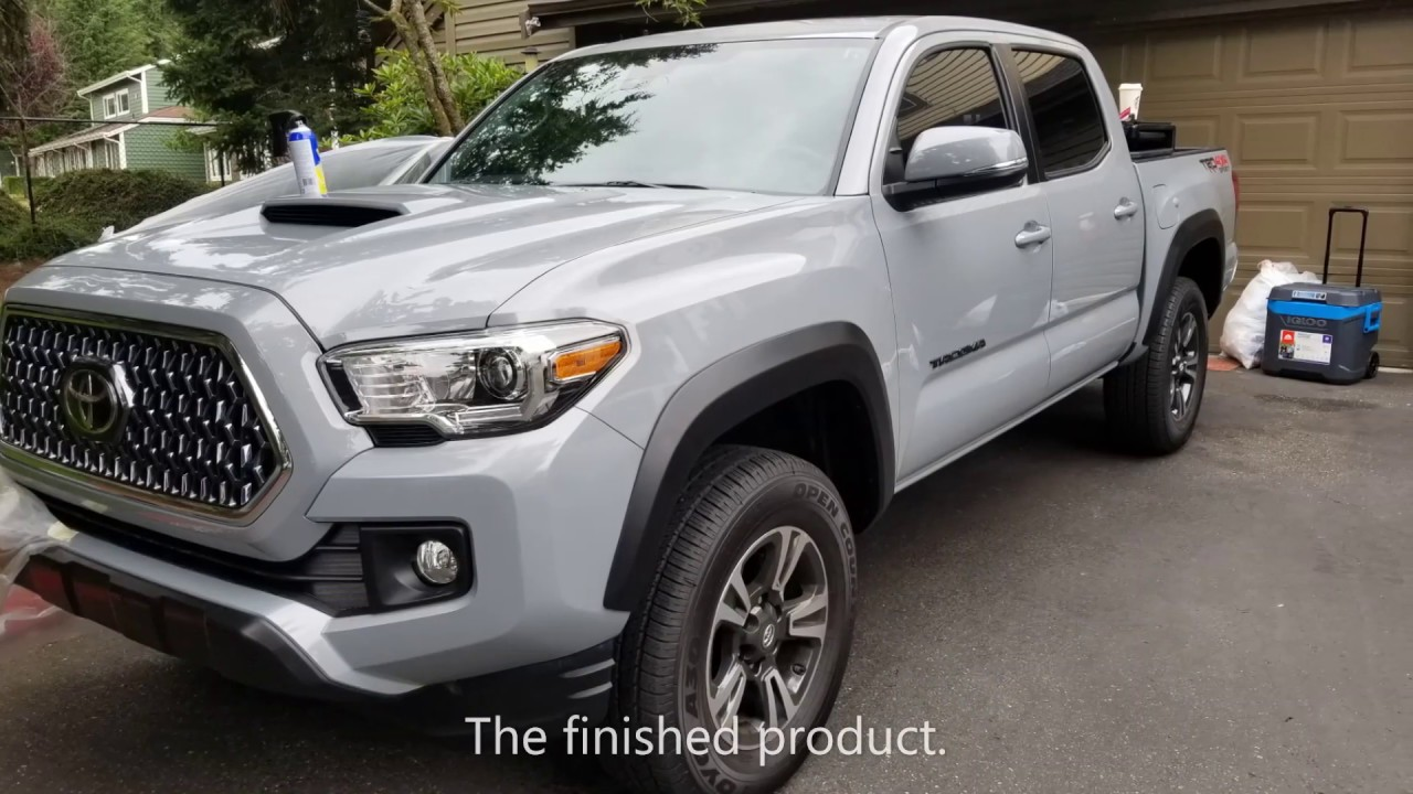 We Plasti Dip A 2019 Toyota Tacoma Fender Flares And Badges 3 Min Video Youtube