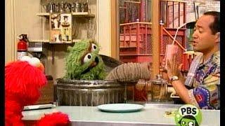 Sesame Street - Oscar finds a Grouchy Place