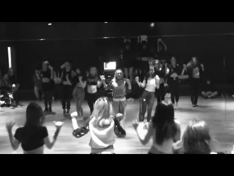 180823 CL - HELLO BITCHES DANCE PRACTICE (Unseen 2015)