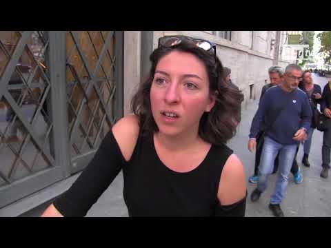 """Milano, bike sharing libero e polemiche su sosta selvaggia. I ciclisti: ''Siamo disciplinati"""""""