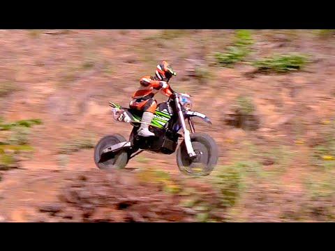 RC CWR X-Rider Dirt bike trailin