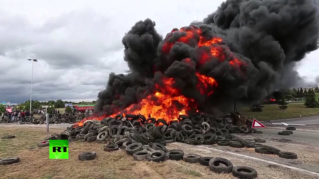 Wallpaper Sioux Falls French Farmers At It Again Block Highways Burn Tires