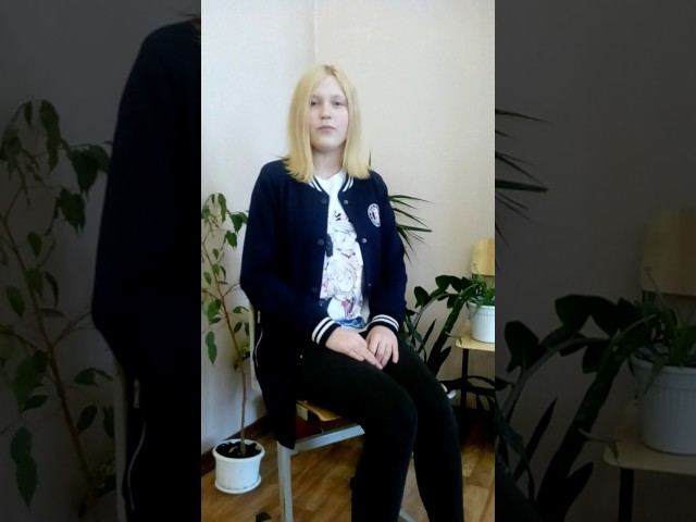 Изображение предпросмотра прочтения – ЕлизаветаМорозова читает произведение «Жди меня иявернусь…» К.М.Симонова