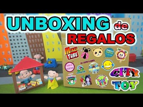 SUPER Unboxing de Regalos entre canales Familiares de YouTube