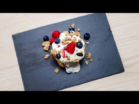 fruit-and-yoghurt-protein-pancakes-with-fuel10k-granola-|-promixx-kitchen