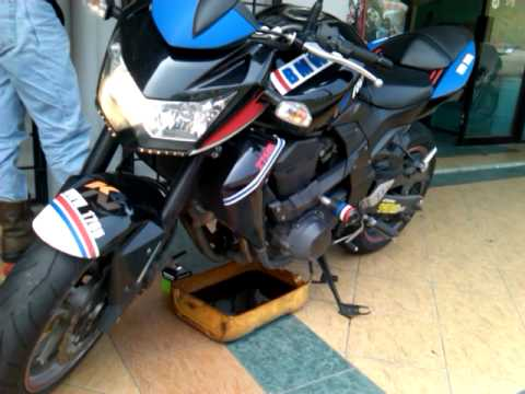 Z750 Sound With Yoshimura R77 Modified By 25cycle Youtube
