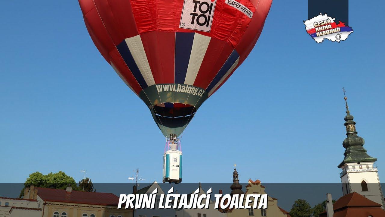 Video První létající toaleta