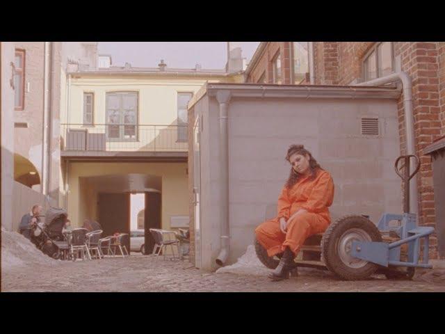 Paria - Low Blow (official music video)
