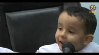 Repeat youtube video Anak Ajaib - Hapal al Quran umur 3 tahun