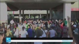 """""""فرانس 24"""" تبرز اقتحام الشعب الفنزويلي للحدود الكولومبية لشراء الغذاء والدواء"""