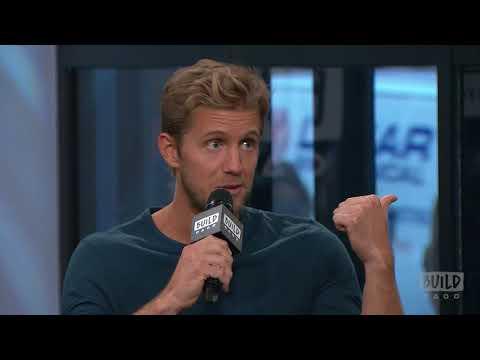 """Matt Barr Speaks On CW's """"Valor"""""""
