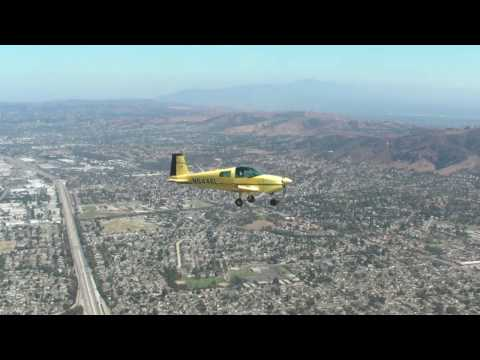 formation flight with Grumman AA1.  part1(shooting film air to air.)