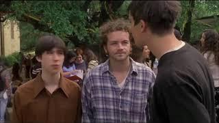 Учительница против ученика, раунд 1 ... отрывок из фильма (Факультет/The Faculty)1998