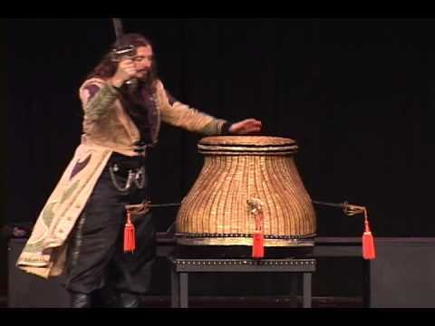 Cirque du magique trois sword basket illusion youtube - Magique basket ...