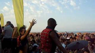"Frankie P play Satisfatcion ""Benny Benassi"" @ Papeete 2 maggio 09 (video edit by Gorilla Prod)"