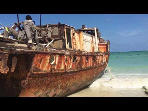 Day Trip To Bamburi Beach In Mombasa, Kenya