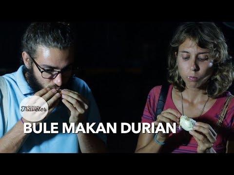 BULE MAKAN DUREN