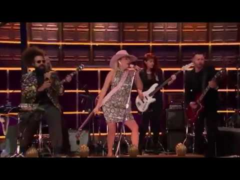 Lady Gaga -  A-YO (Live at The Late Late Show)