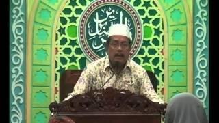 Kh. Abdul Ghofur | Kalau Suami sudah bisa Mengajari Agama Maka Istri Tidak Usah Belajar Keluar