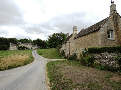 cotswolds-country-walk-windrush-to-the-barrington's-and-sherborne-round
