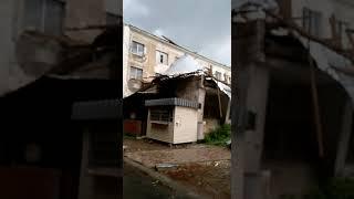 ЧП в Аксу: сорвало крышу гостиницы